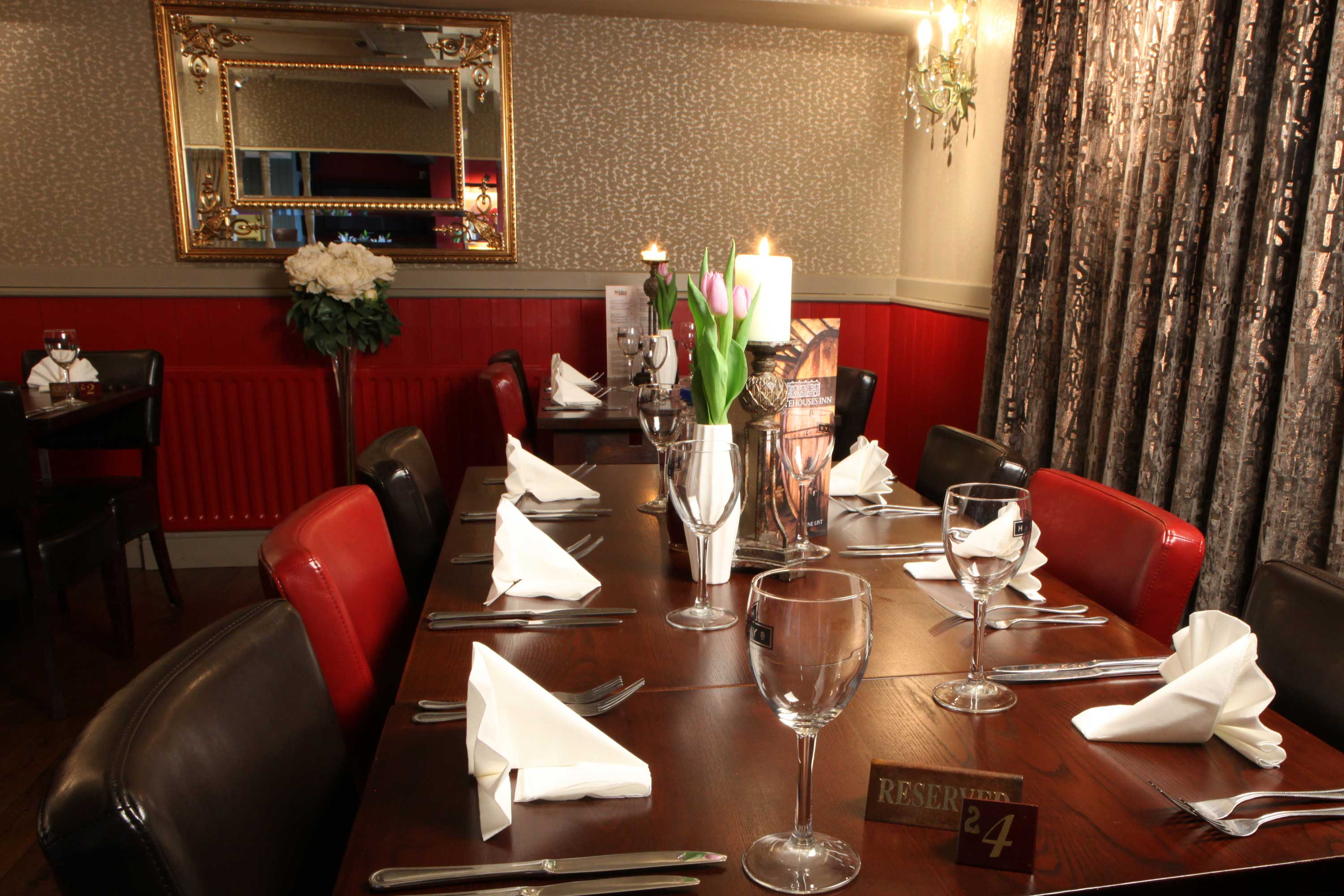 Book your evening meal at Whitehouses Inn, Retford