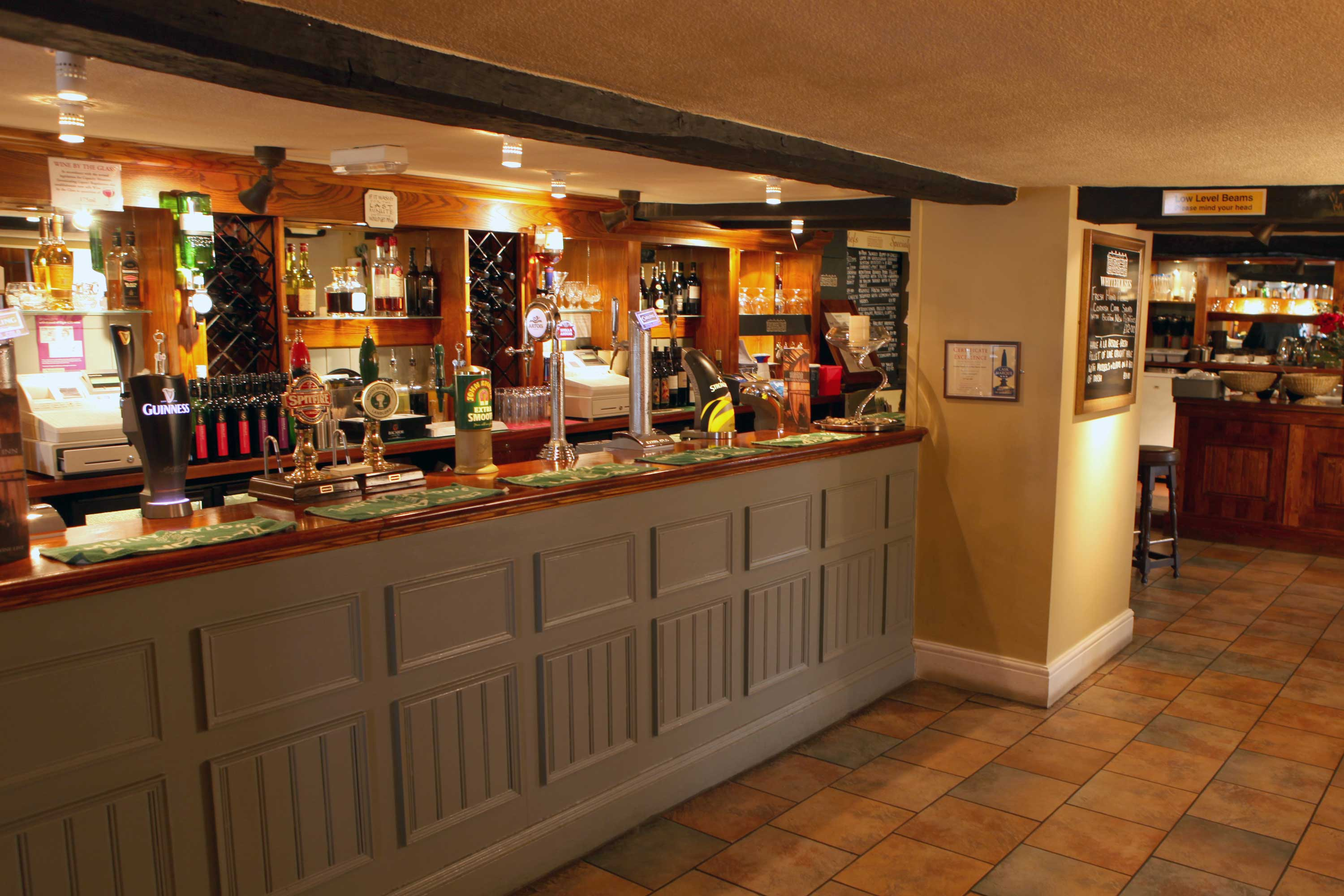 Bar and Restaurant at Whitehouse Inn, Retford, North Nottinghamshire