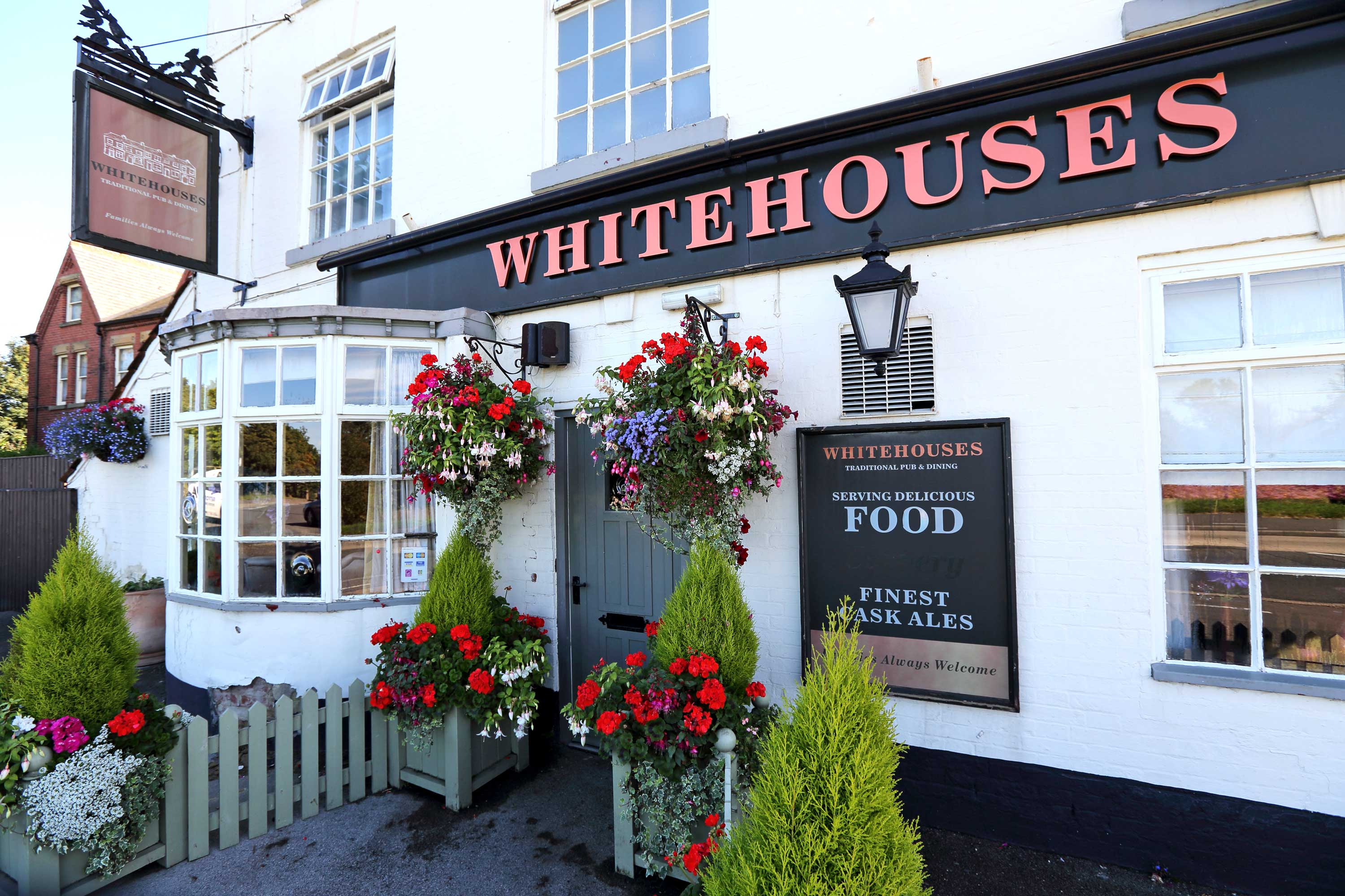 Whitehouses Traditional Pub and Dining in Retford